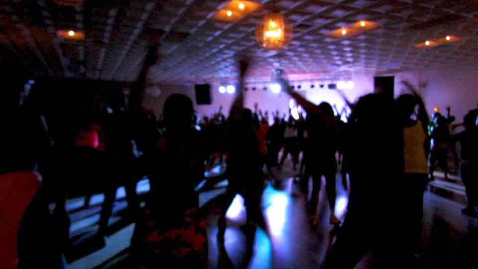 Renita crowd image